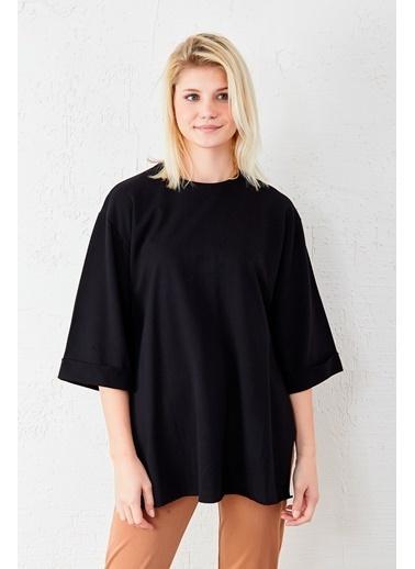 EKA Kol Katlamalı Geniş Kesim T-Shirt Siyah